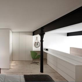 Белая мебель в комнате современного стиля