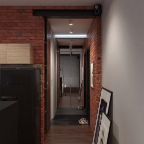 Длинный коридор в стиле лофта