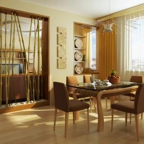 Декоративная перегородка из толстого бамбука