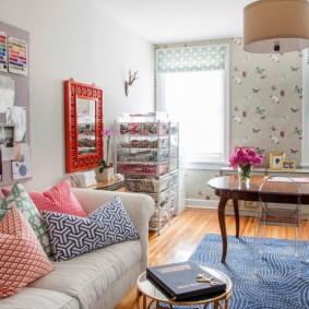 Дизайн гостиной комнаты в стиле эклектика