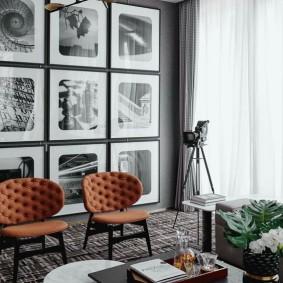 Модульные фотографии в гостиной комнате