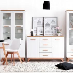 Мебель для посуды в современной гостиной