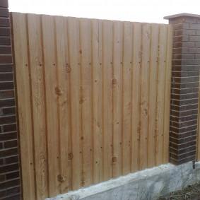 Оцинкованный забор с полимерным покрытием