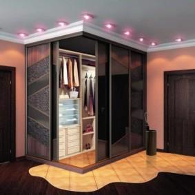 гардеробная комната 2 на 2