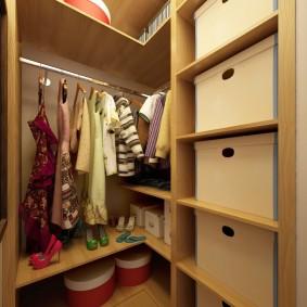 гардеробная комната 2 на 2 идеи оформления