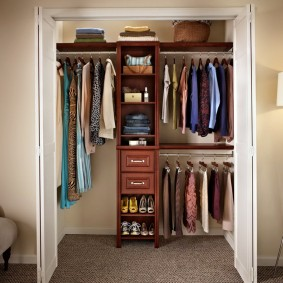 гардеробная комната 2 на 2 варианты идеи