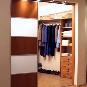 гардеробная комната 2 на 2 виды