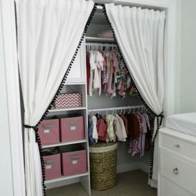 гардеробная комната 4 кв м оформление фото
