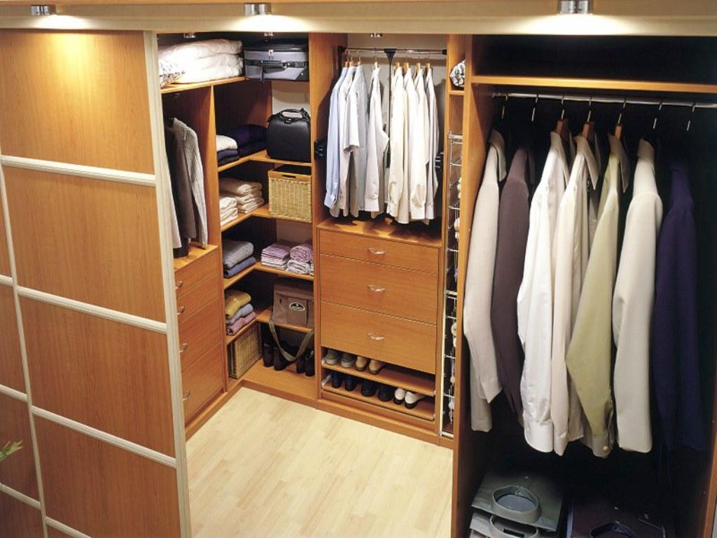 гардеробная комната площадью 2 кв м
