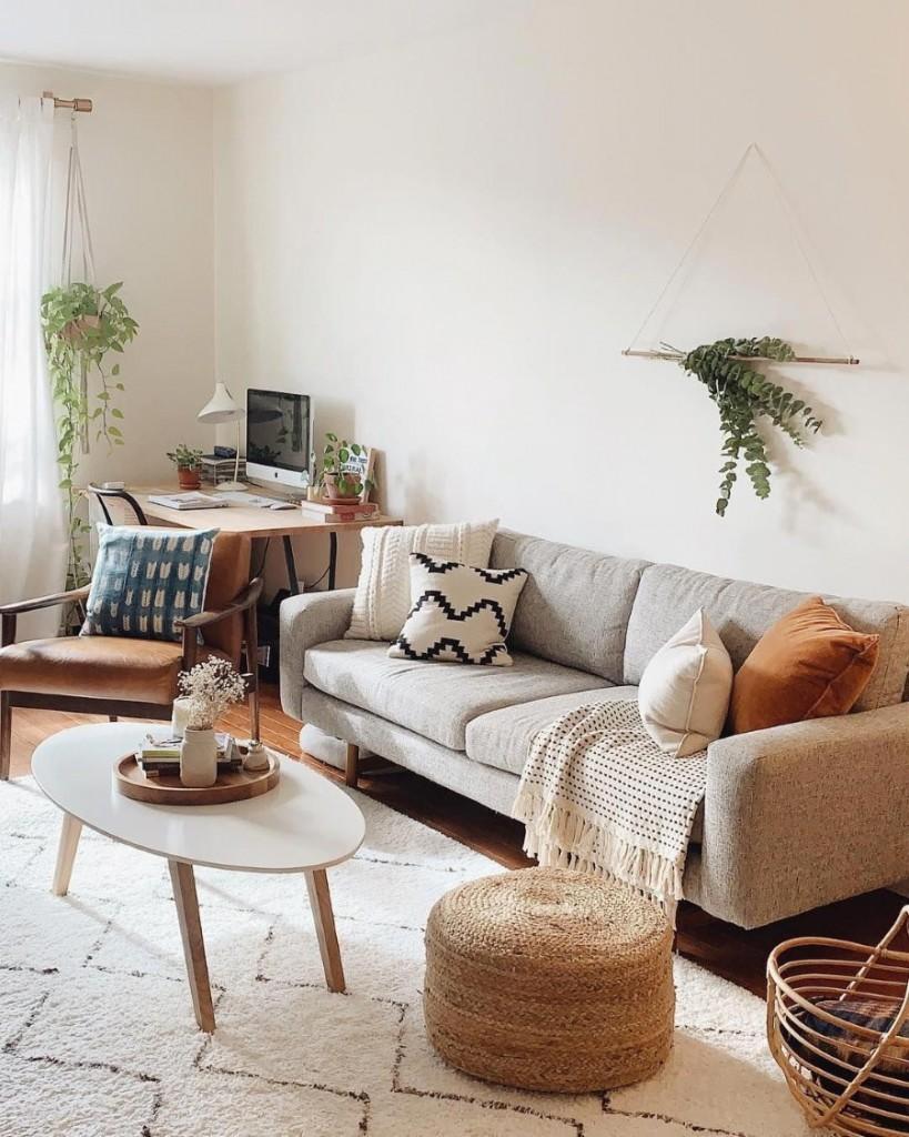 Интерьер гостиной комнаты в стиле well-being