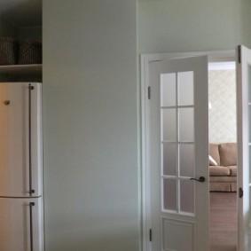 холодильник в прихожей и коридоре идеи интерьера