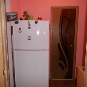 холодильник в прихожей и коридоре фото оформления