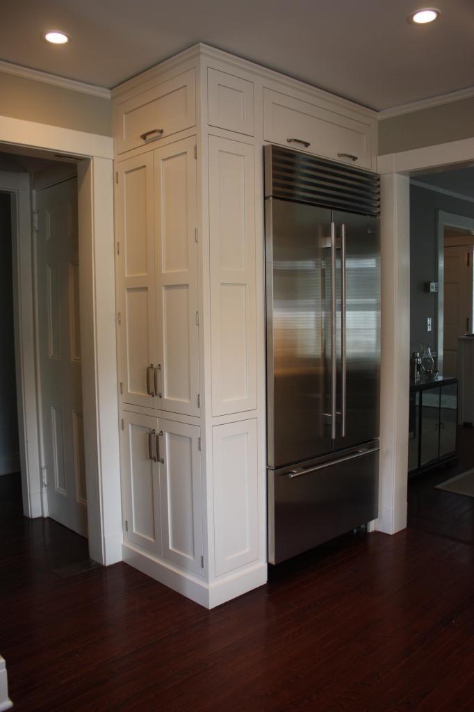 как спрятать холодильник в прихожей фото определить заболевание