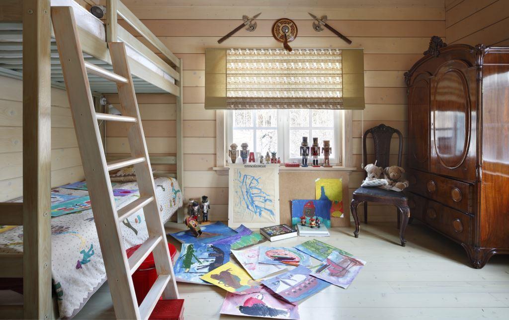 интерьер детской в деревянном доме