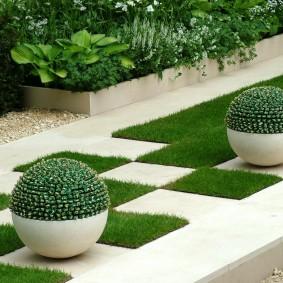 искусственный газон для дачи декор идеи