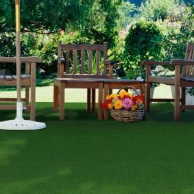 искусственный газон для дачи идеи декора