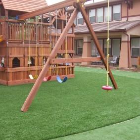 искусственный газон для дачи оформление