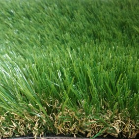 искусственный газон для дачи идеи варианты