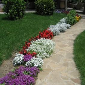 искусственный газон для дачи дизайн идеи