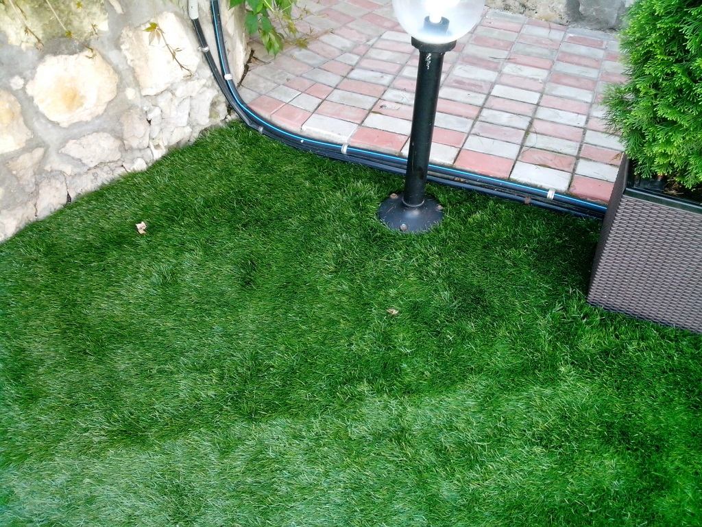 искусственный газон для участка