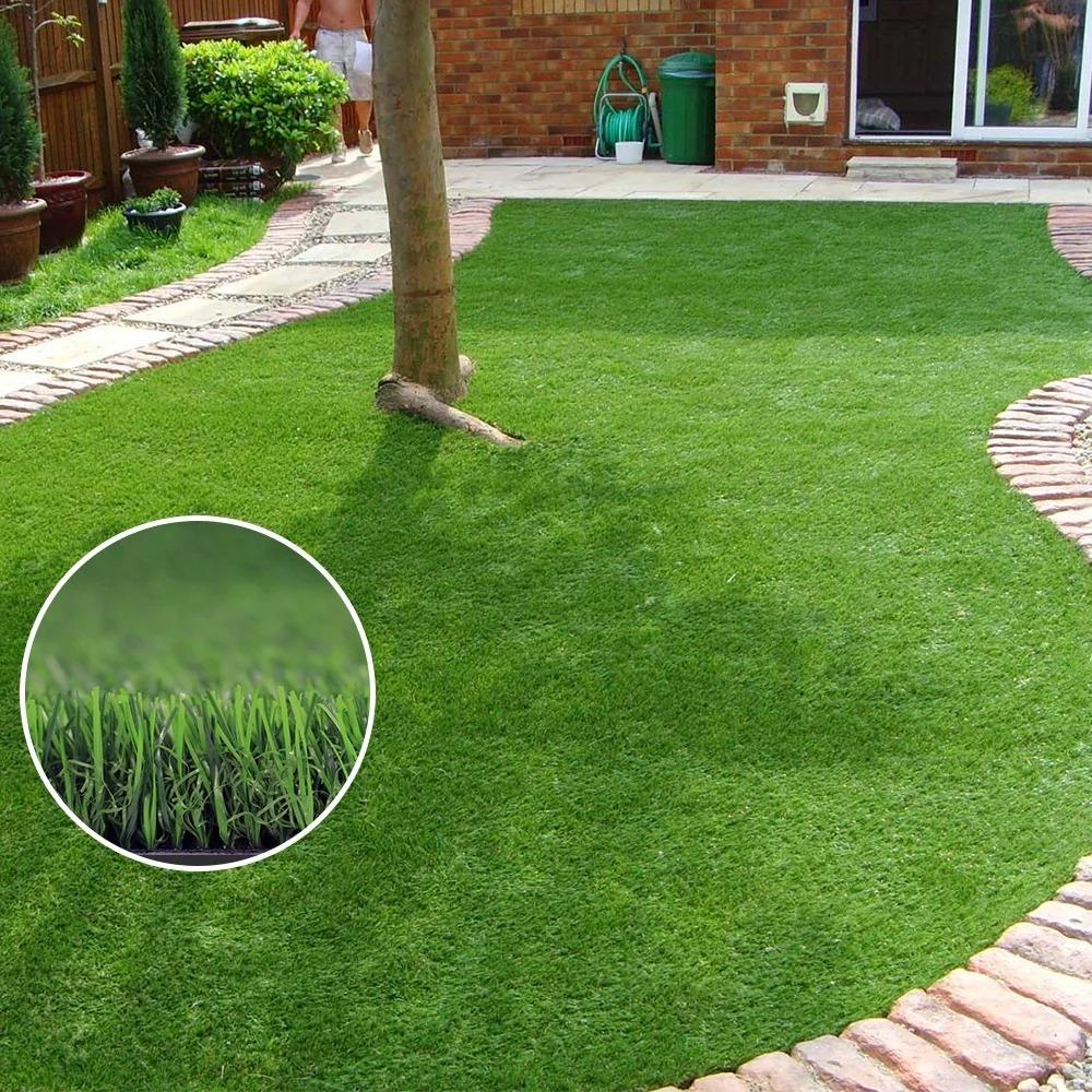 искусственный газон в саду
