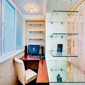 кабинет на балконе оформление фото