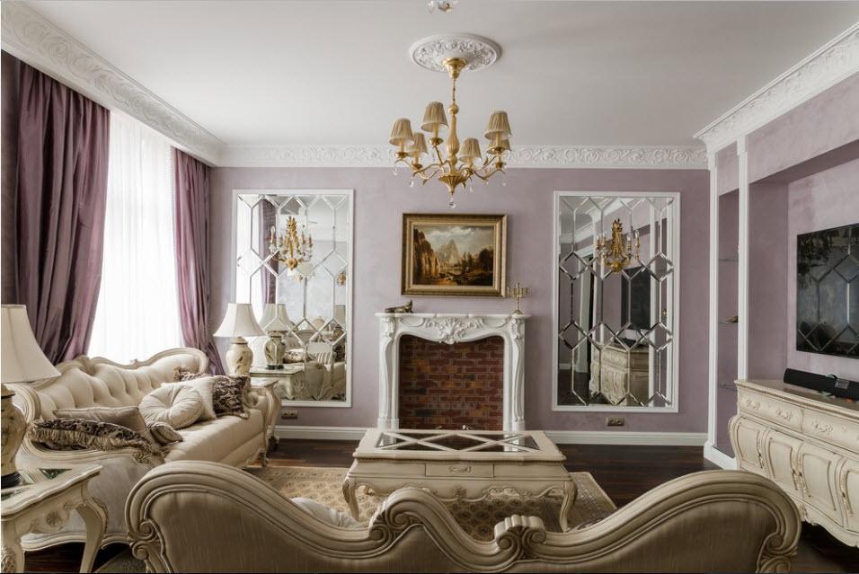 Имитация камина в интерьере классической гостиной