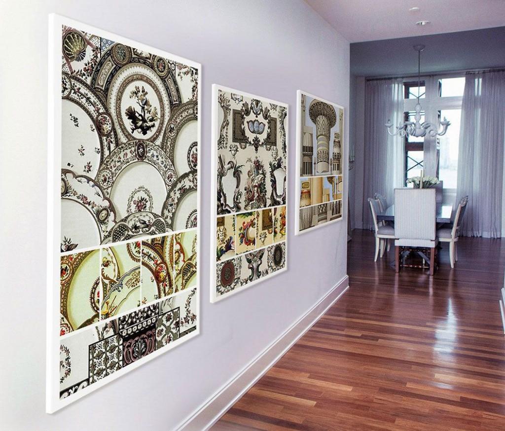 Картинная галерея на стене прихожей комнаты