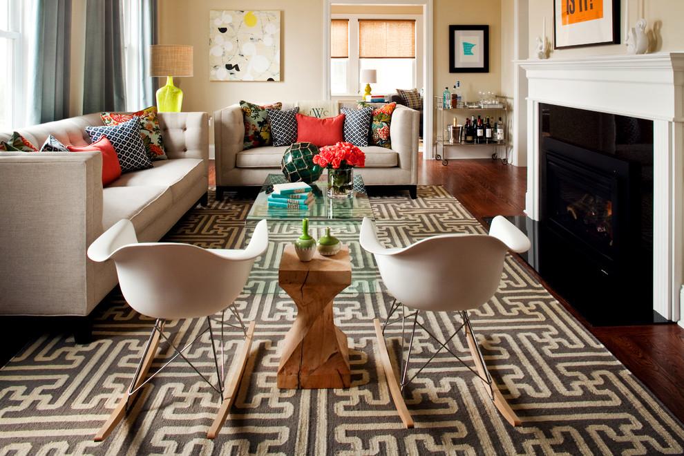 Декорирование ковром интерьера гостиной