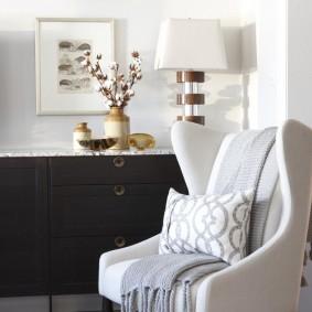 кресло для гостиной и зала виды фото