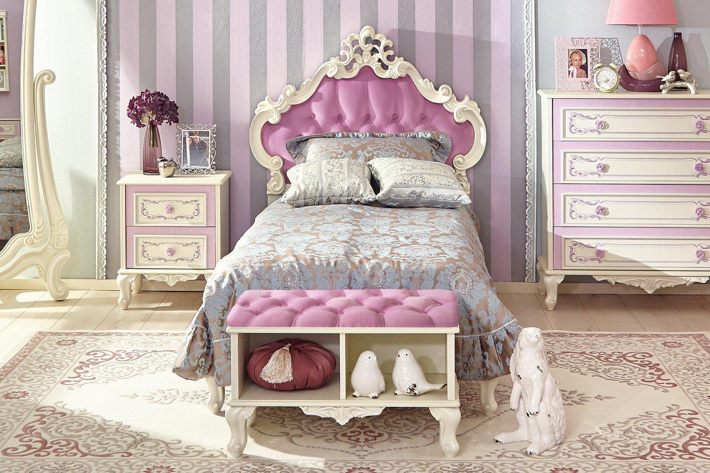 кровать для девочки классический стиль фото