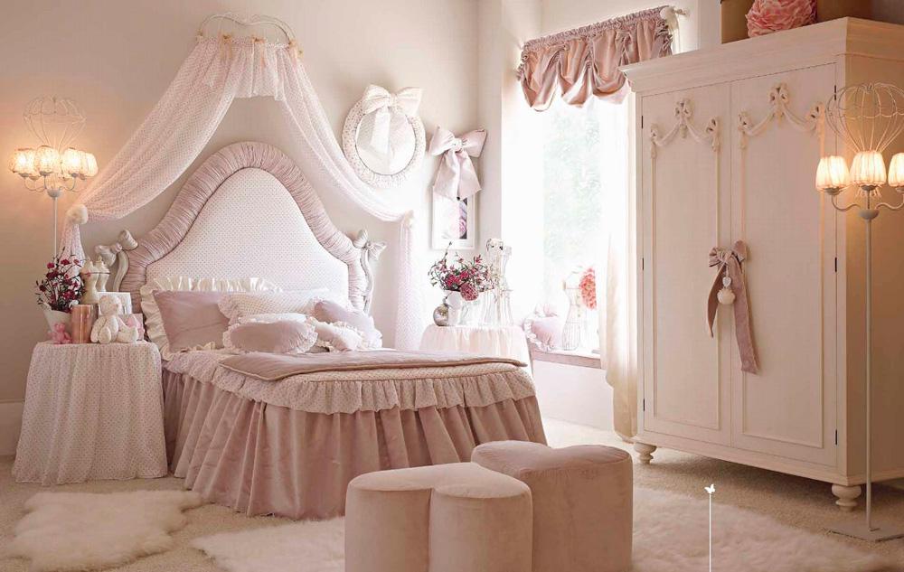 кровать для девочки классика фото