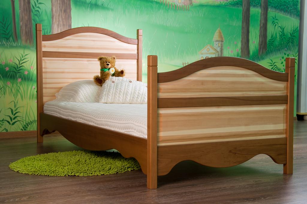 кровать для девочки массив дерева
