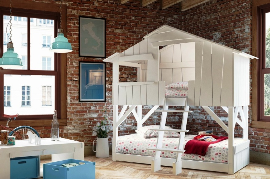 кровати домики для детей