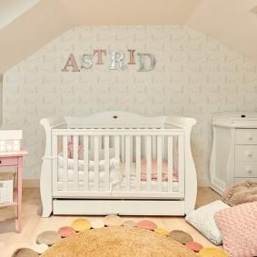 кроватка для новорожденного варианты идеи