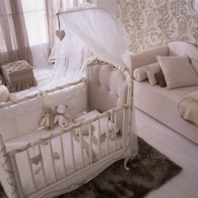 кроватка для новорожденного виды декора