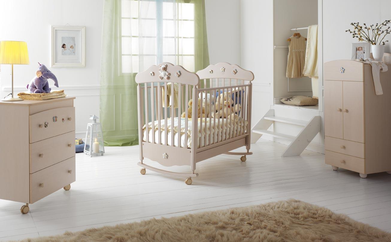 кроватки для новорожденных классические