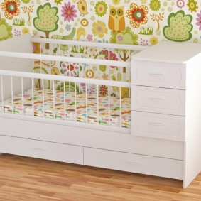 кроватка с пеленальным столиком фото декора