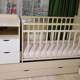 кроватка с пеленальным столиком фото варианты