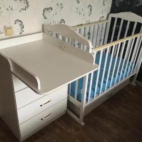кроватка с пеленальным столиком виды фото
