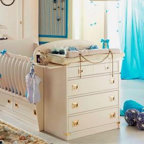 кроватка с пеленальным столиком фото дизайна