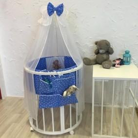 круглая детская кроватка фото декора