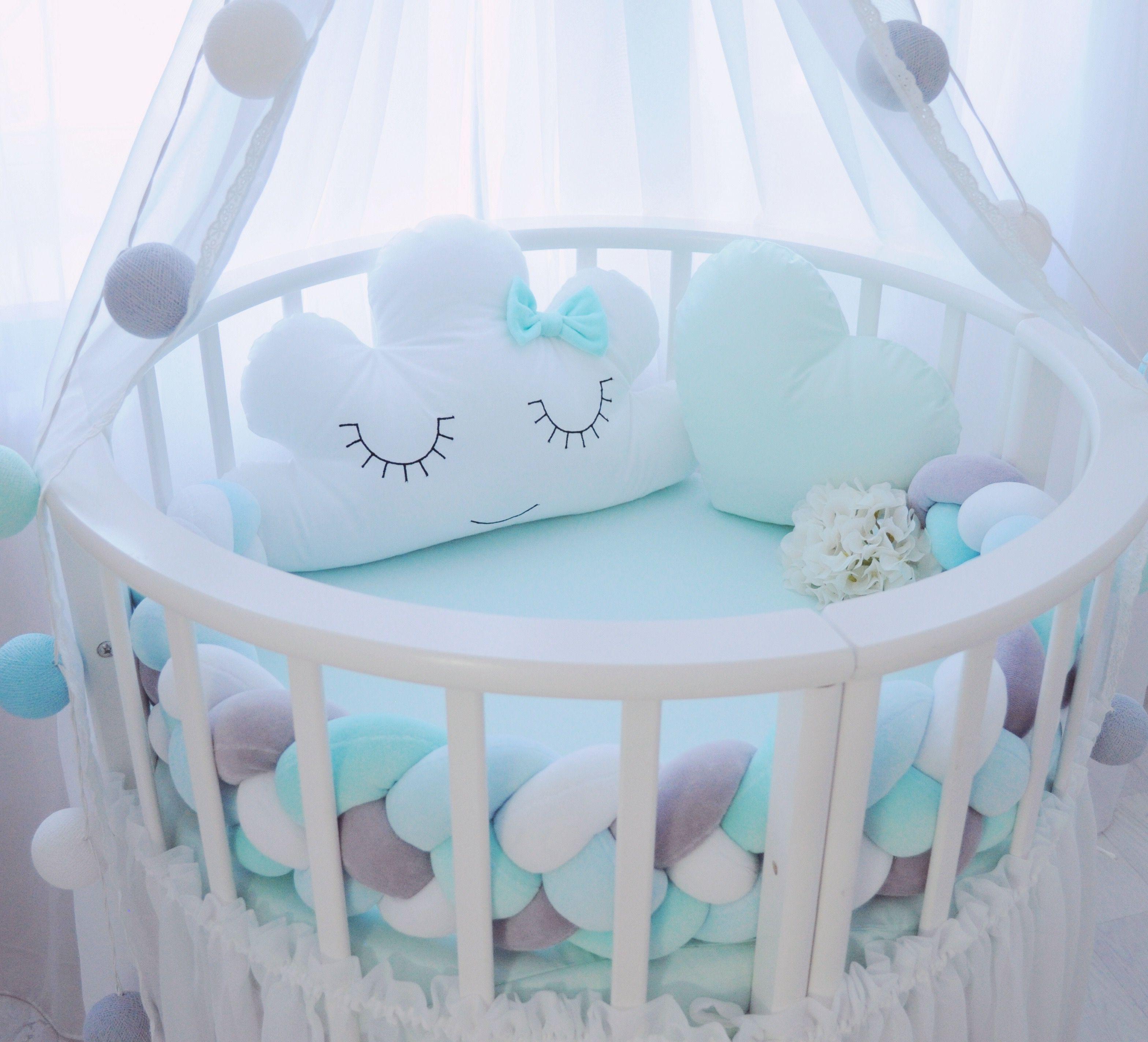 круглая детская кроватка с бортиками
