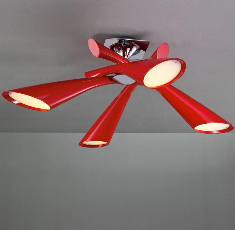 Красная люстра в прихожую комнату