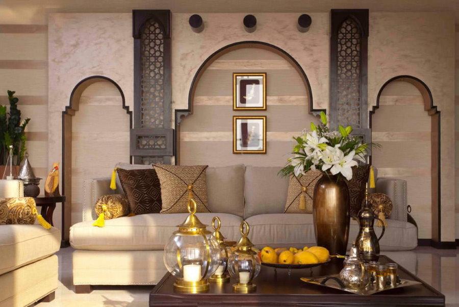 Мебель в гостиной восточного стиля интерьера