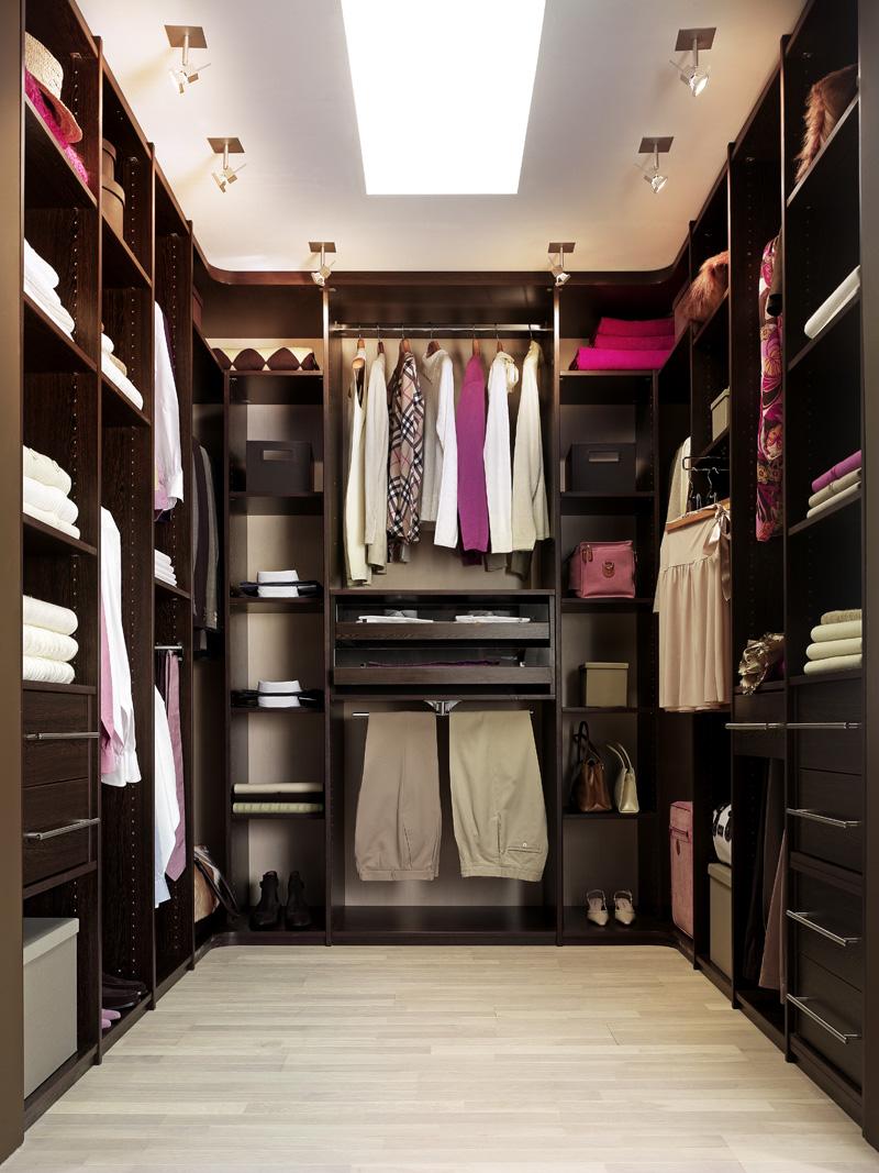 моя гардеробная комната реальное фото при небольшом отверстии