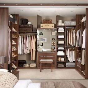 наполнение для шкафов и гардеробных в доме идеи фото