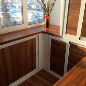 отделка балкона ламинатом интерьер