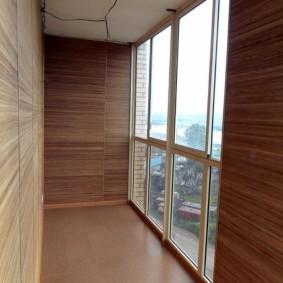 отделка балкона ламинатом дизайн фото