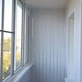 отделка балкона пластиковыми панелями идеи декора